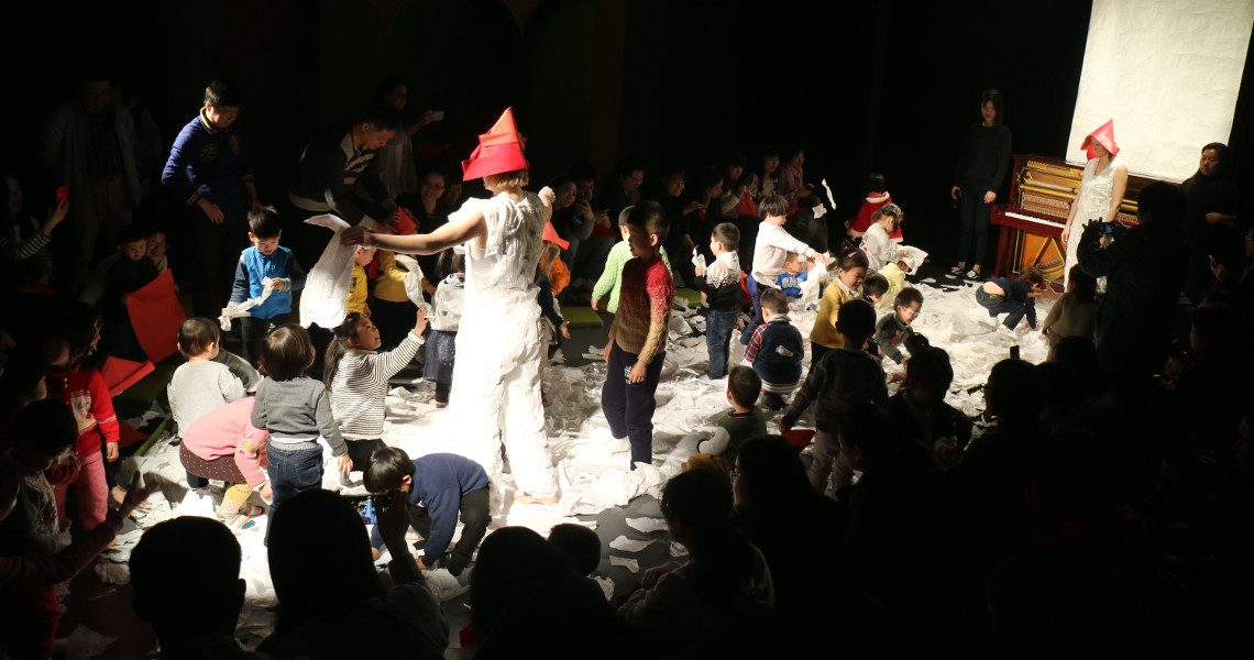 Pan Satie – Little Player Theatre, Shanghai, Chiny